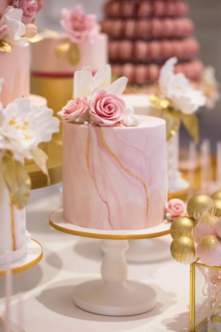 Luxury Wedding Cakes With Gordon Ramsay Weddings And Gc