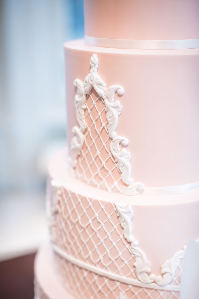 Online Wedding Cakes | GC Couture, Purveyors Of Luxury Cakes