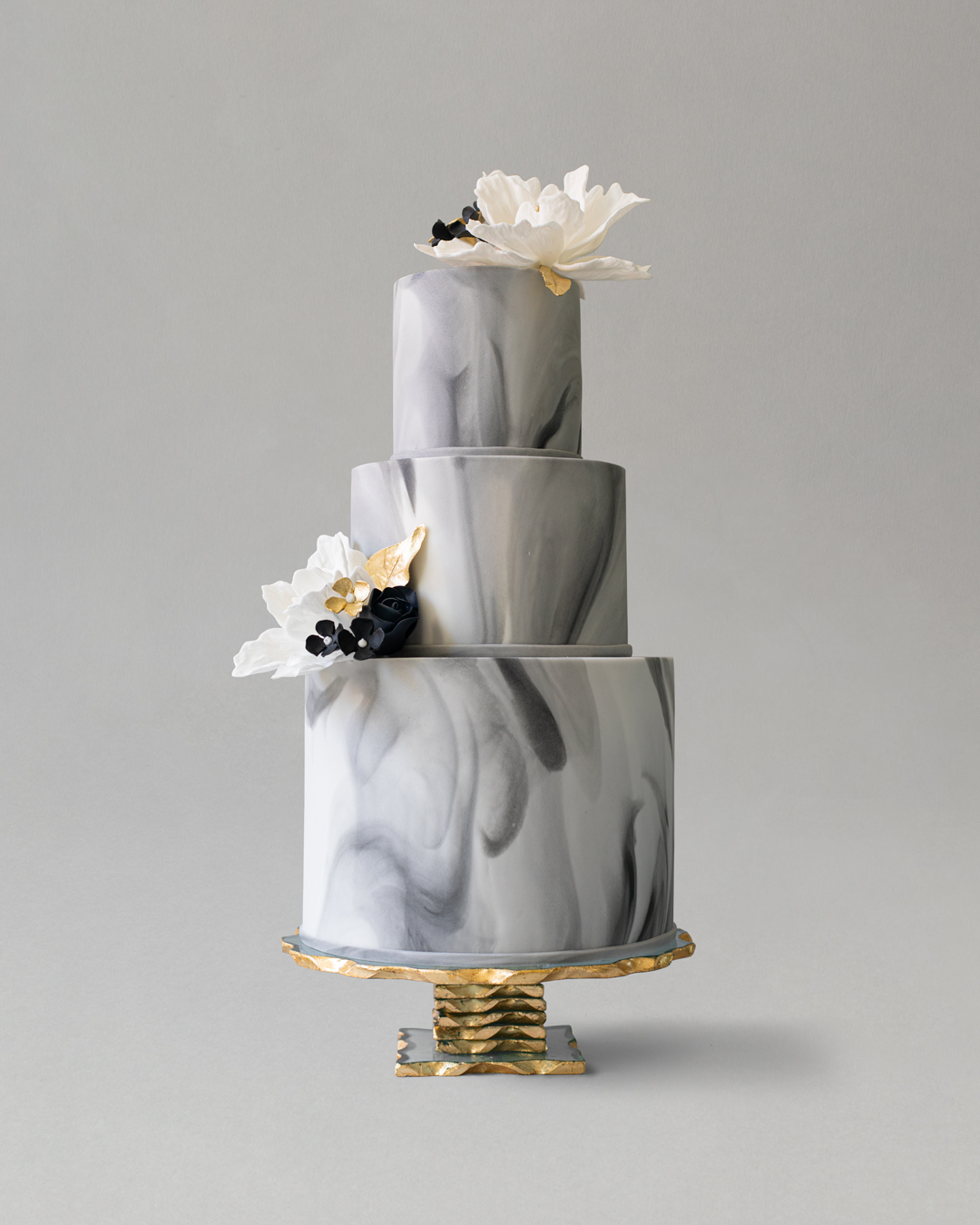 Online Wedding Cakes 3 Tier Marble Cake With Sugar Flowers Gc Couture Mayfair